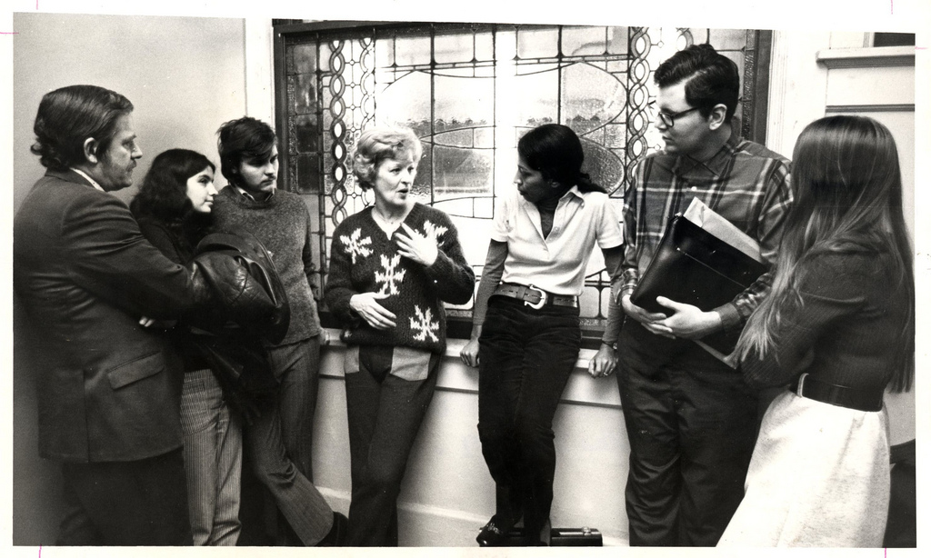Roosevelt University theater professor Irene Dailey talking to a group of students, date unknown